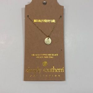 NWT- simply southern initial 'S' necklace